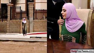 فيلم سكس خليجي نيك اماراتي اماراتية وعشيقها يكيف عليها سكس عربي في ...